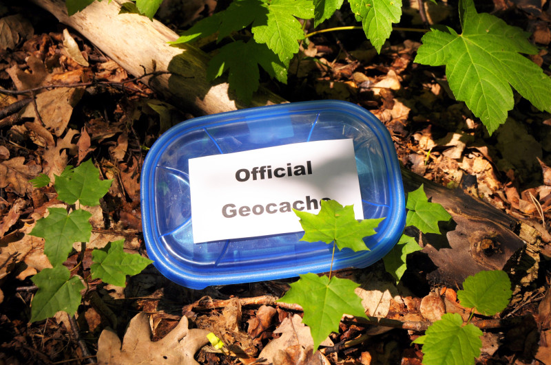 how to start a geocache
